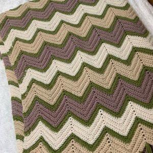 "Bedding - Vintage Handmade Crochet large Afghan  74"" x 64"""